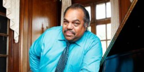 The US R&B and blues singer, activist, poet, actor and leader is Daryl Davis, born on March 26 1958.Davis has worked with such musicians as Chuck Berry, Jerry Lee Lewis, BB. King or Bruce Hornsby, and is well know for his lively style of boogie-woogie piano.