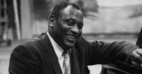 The bass baritone bass artist and stage and film actor Paul Leroy Robeson (April 9, 1898-January 23, 1976) became famous for his cultural achievements as well as his politic activism. He was also a star athlete in his youth, being educated at Rutgers College and Columbia University.