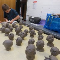 Skulpturudsmykning til Reerslev landsby