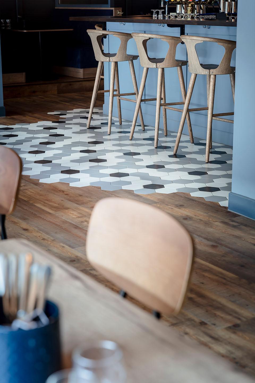 Laminatgolv, hexagonkakel, Studio A3,