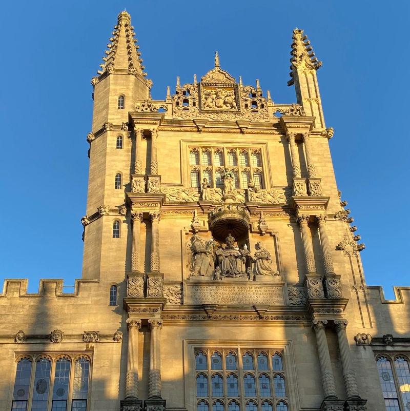 Online Summer School with Oxford and Cambridge Tutors
