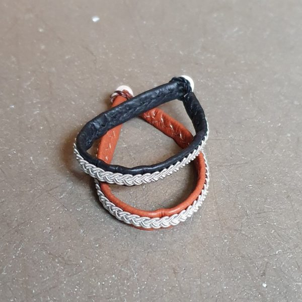 tenntrad samearmband flata tenn trad lader ren skinn horn knapp samiskt same samiska
