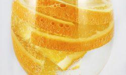 sinaasappel in water