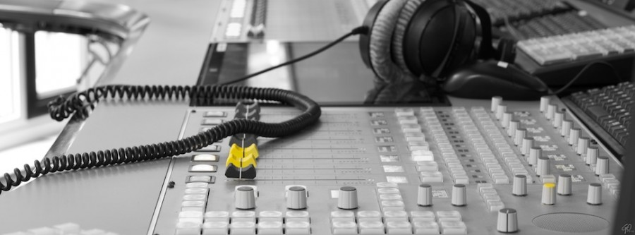 Straudio is het nieuwe radio - Mengtafel bij radioprogramma