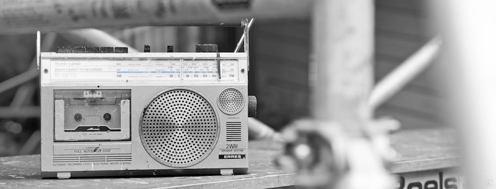 Transistorradio op bouwplaats