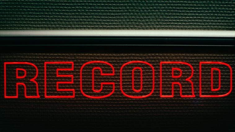 Record sign studio Podcast