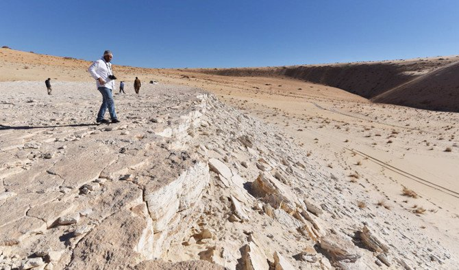Importance of archaeological discovery in Saudi Arabia's Nefud desert highlighted