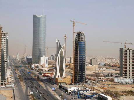 Expats add color to Saudi society