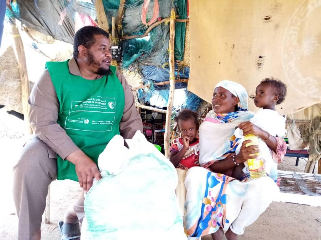 KSrelief Continues to Distribute Urgent Aid for Sudan Flood Victims