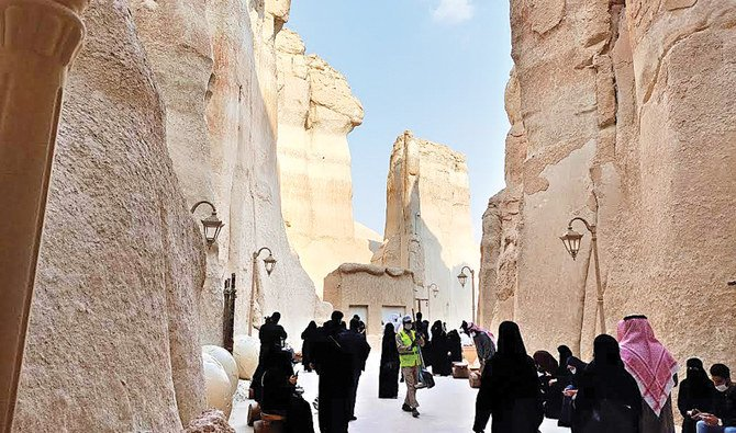 Al-Ahsa spirit welcoming tourists with open arms