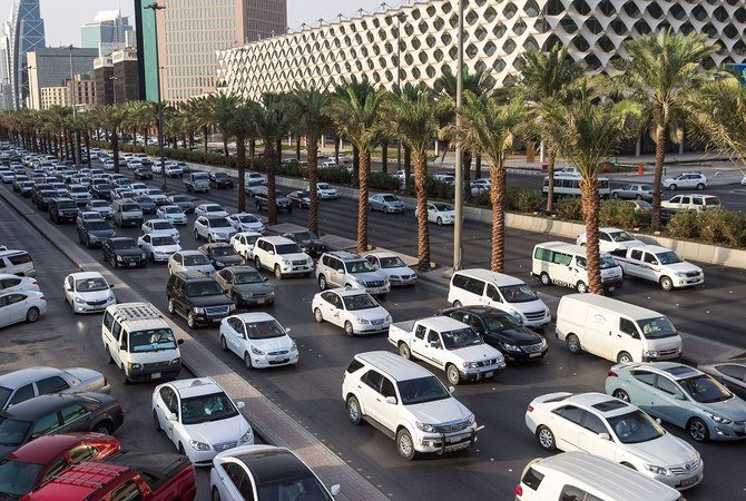 Saudi fund gives women travel expense increase for daily commute