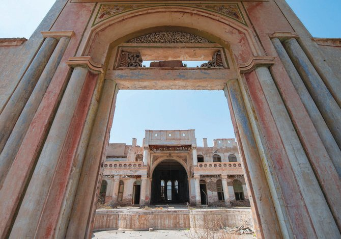 ThePlace: Jabra palace, one of the oldest cities in Saudi Arabia