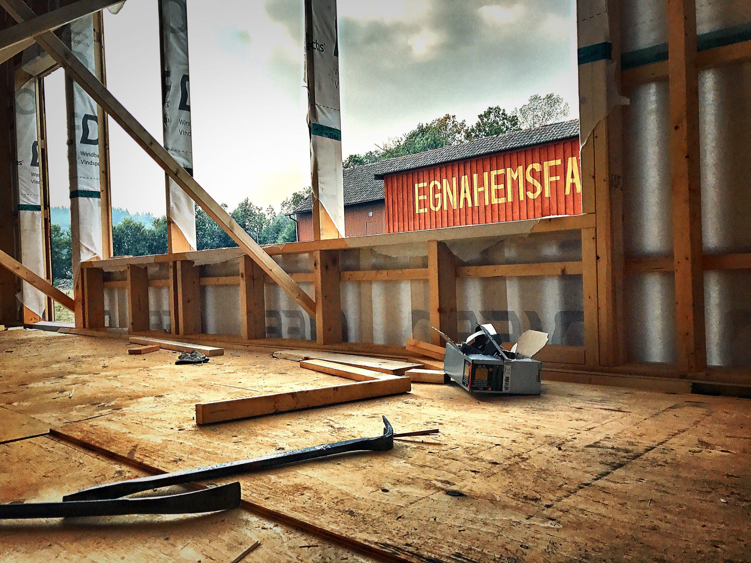 Nu bygger vi en ny fabrik för socialt byggande