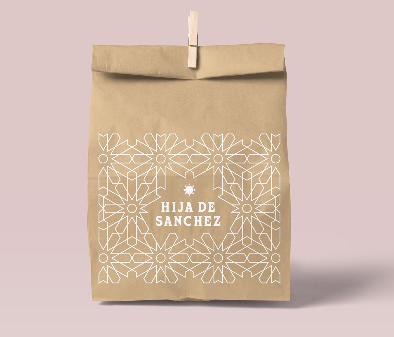HijadeSanchez_paperbag