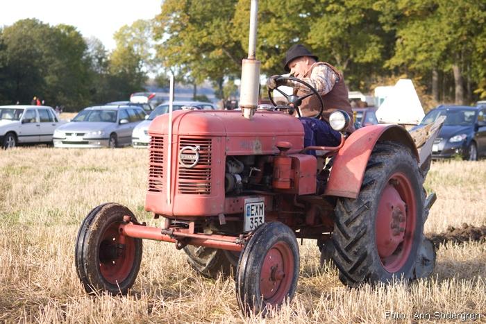 2009-10-10_042_DM_plojning