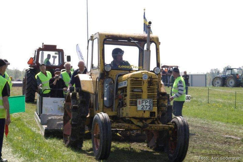 2010-05-15_087_Pulling