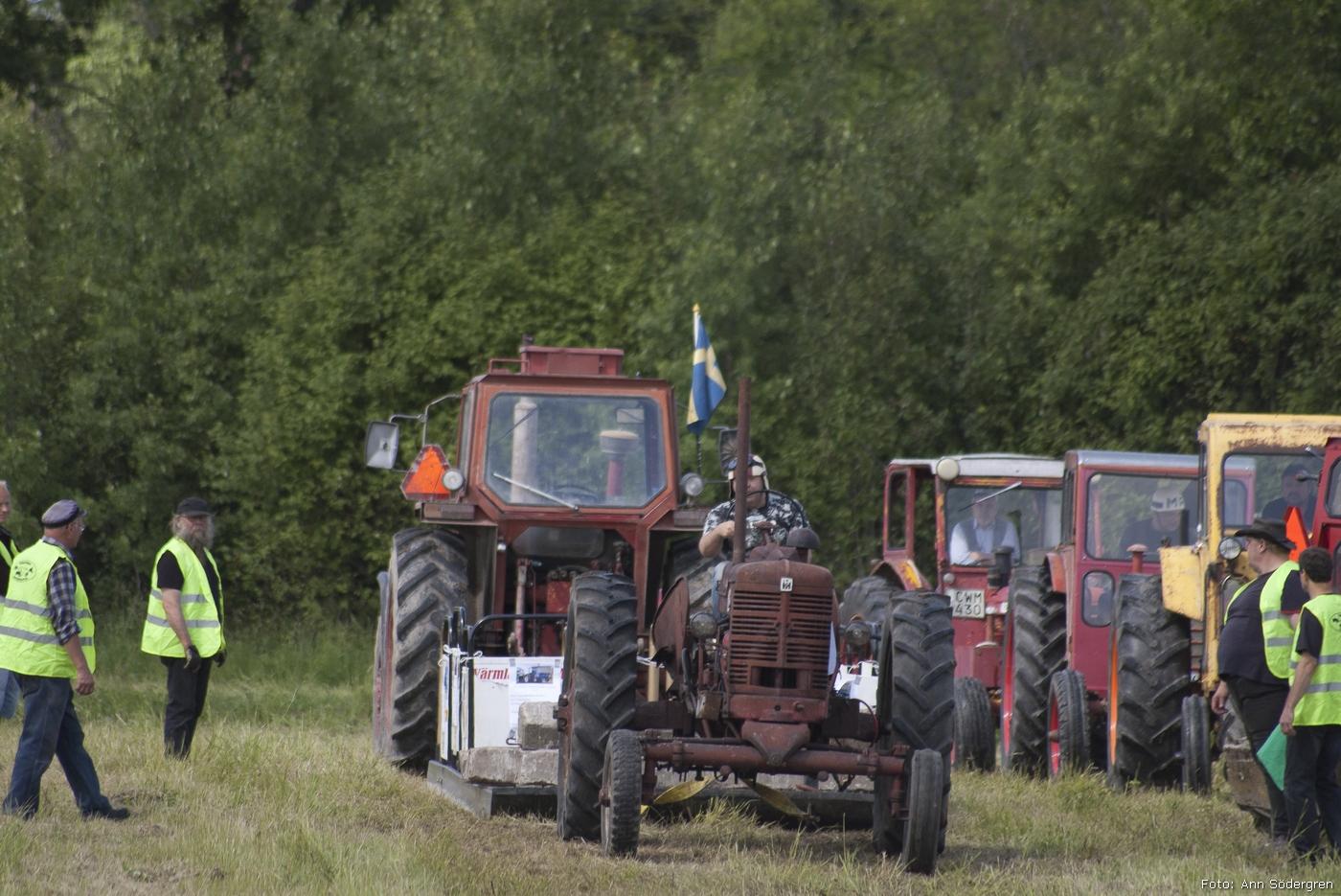 2011-06-18_116_Pulling