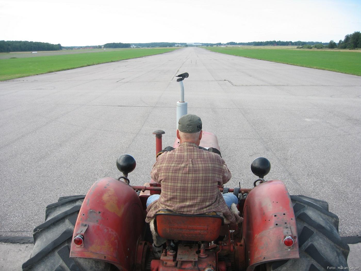 2011-07-29_76_Traktorresa