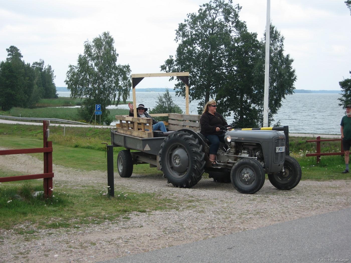 2011-07-30_34_Traktorresa