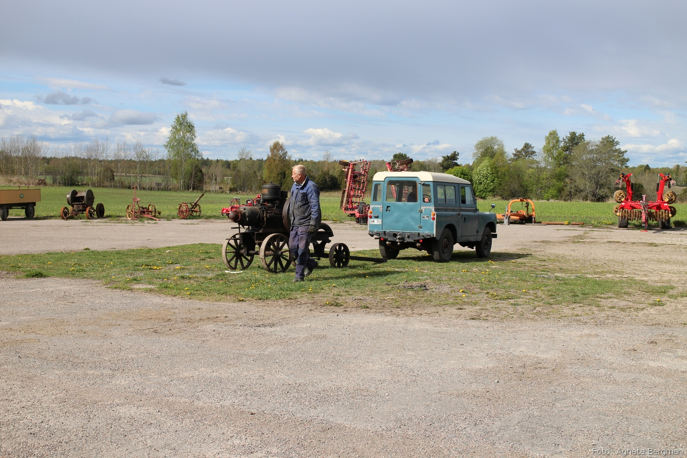 2014-05-03_032_traktorflytt
