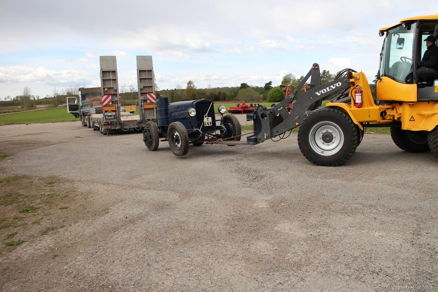 2014-05-03_046_traktorflytt