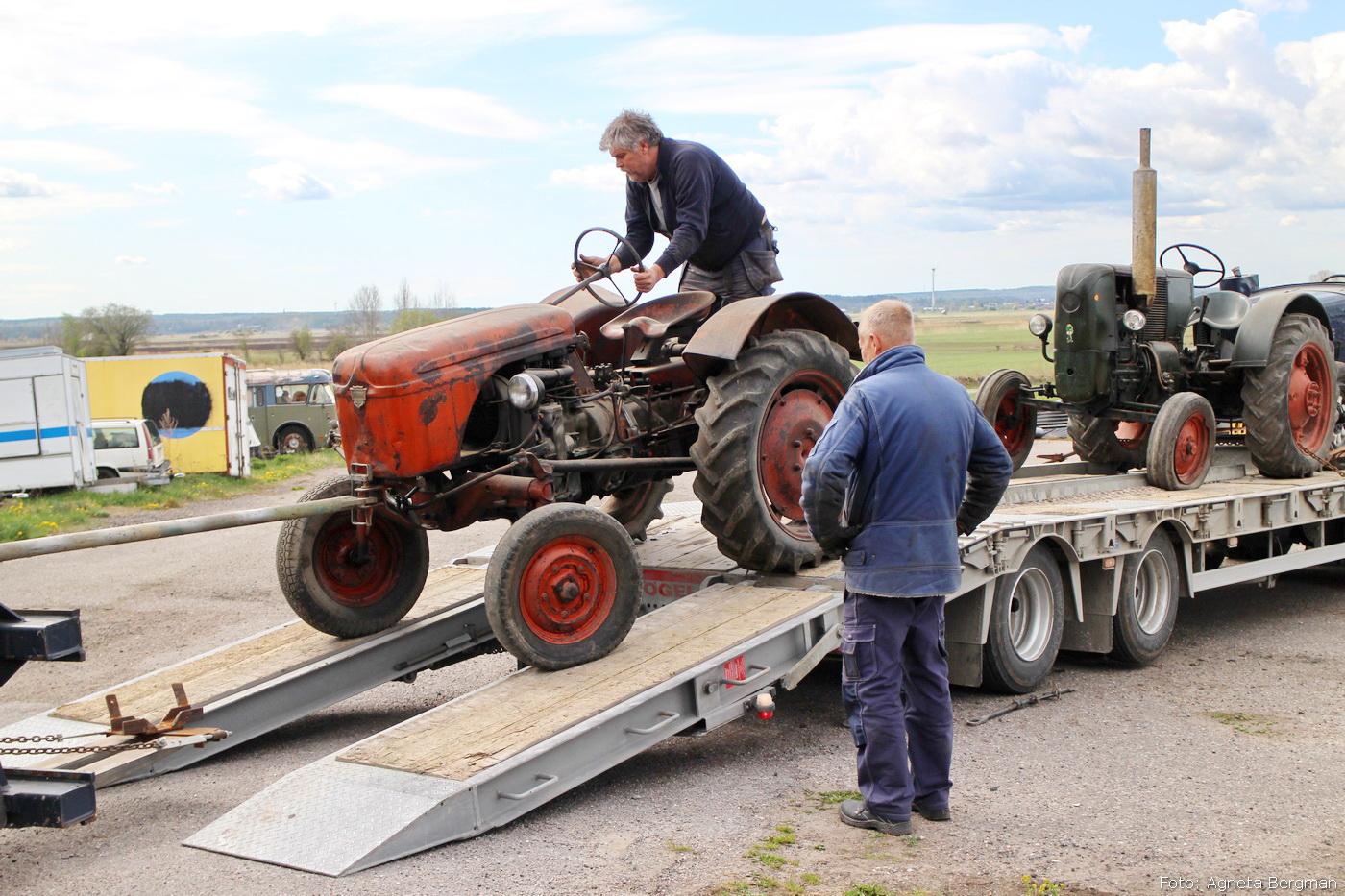 2014-05-03_061_traktorflytt