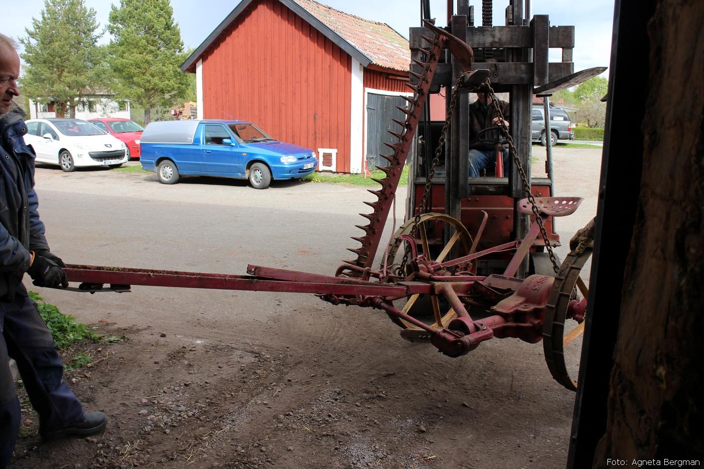 2014-05-03_098_traktorflytt
