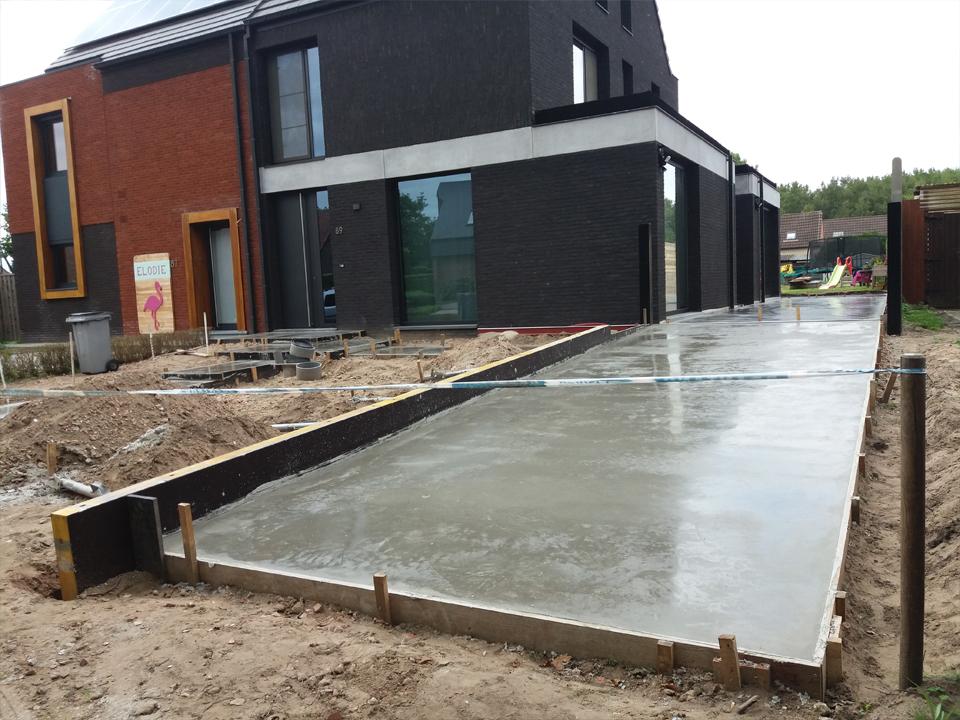 aanleg oprit beton