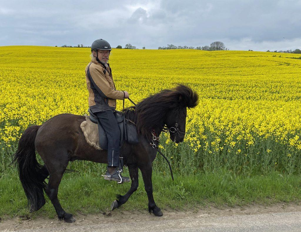 John på Stakkur maj 2021 (foto Lene Eg).