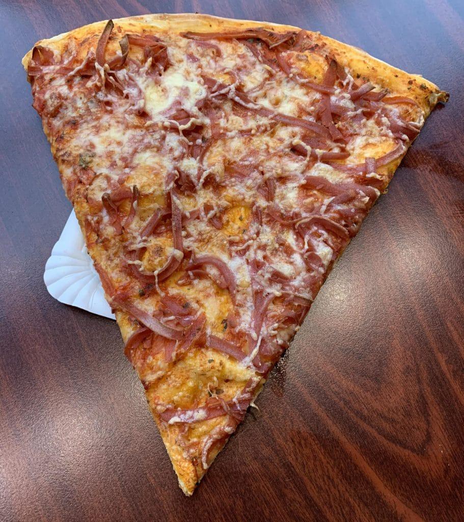 Sandies pizzaslice