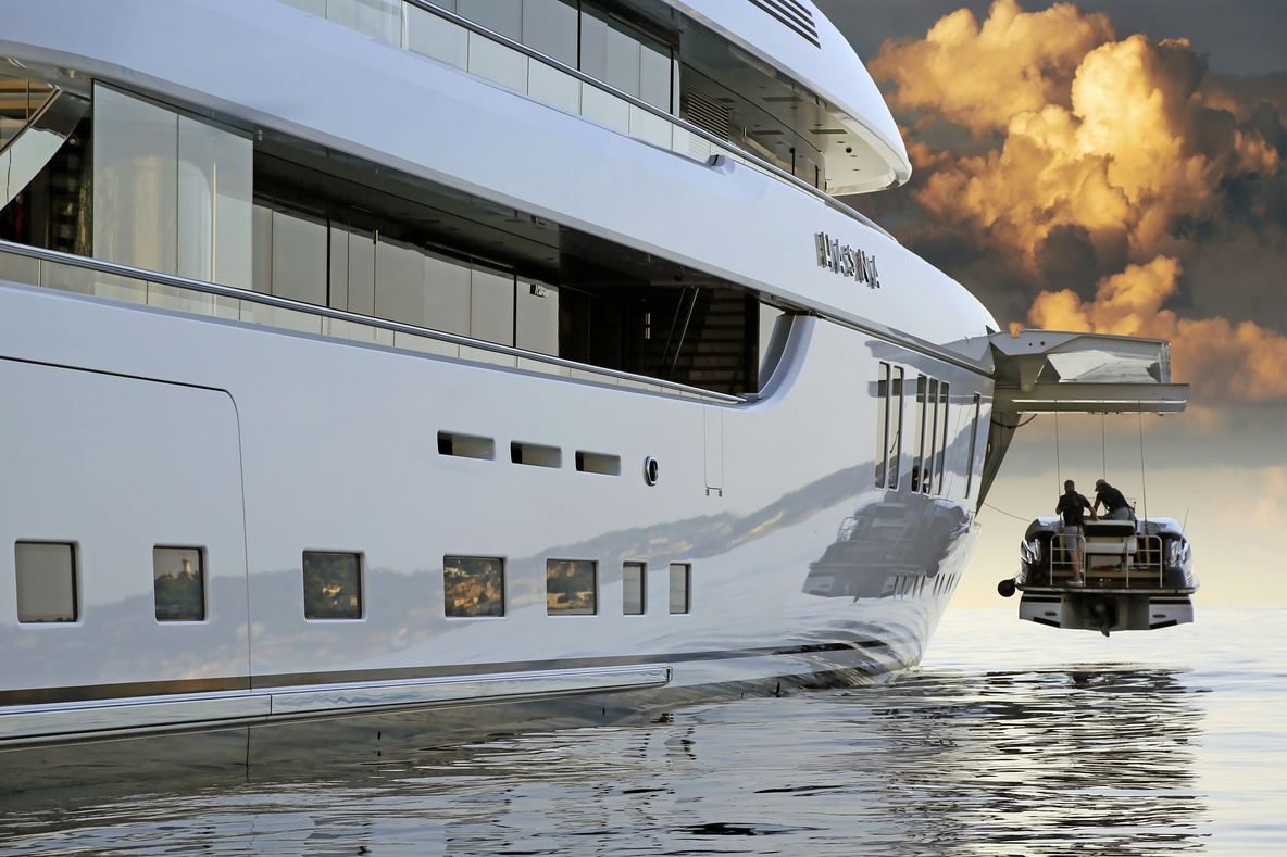 luxury yacht management