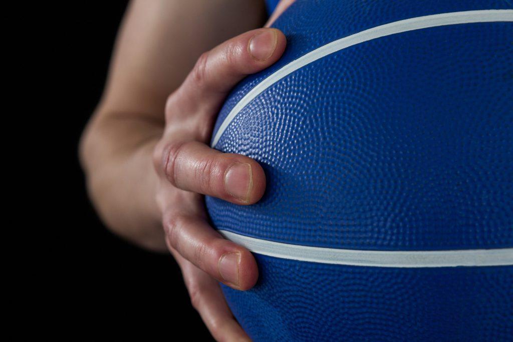 Klarere retningslinjer om indendørs idræt og kontaktsport