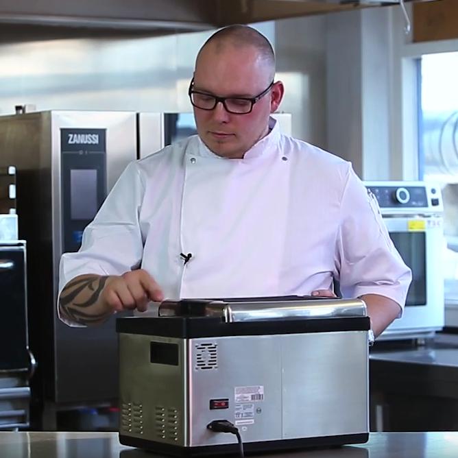 H.W. Larsen – Sådan tilbereder du din mad i sousvide som en chef