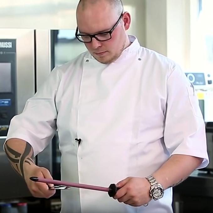 H.W. – Slib dine knive som en chef