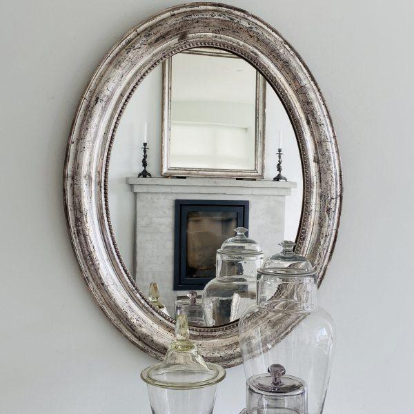 Stort Ovalt fransk sølvspejl med perlekant