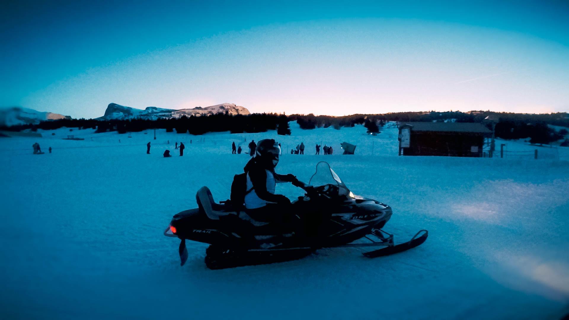 Sneeuw scooter