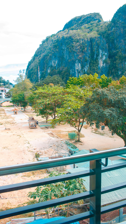 Balcony view hotel in el nido