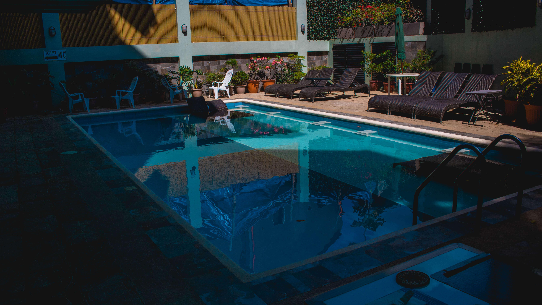 pool Seacocoon