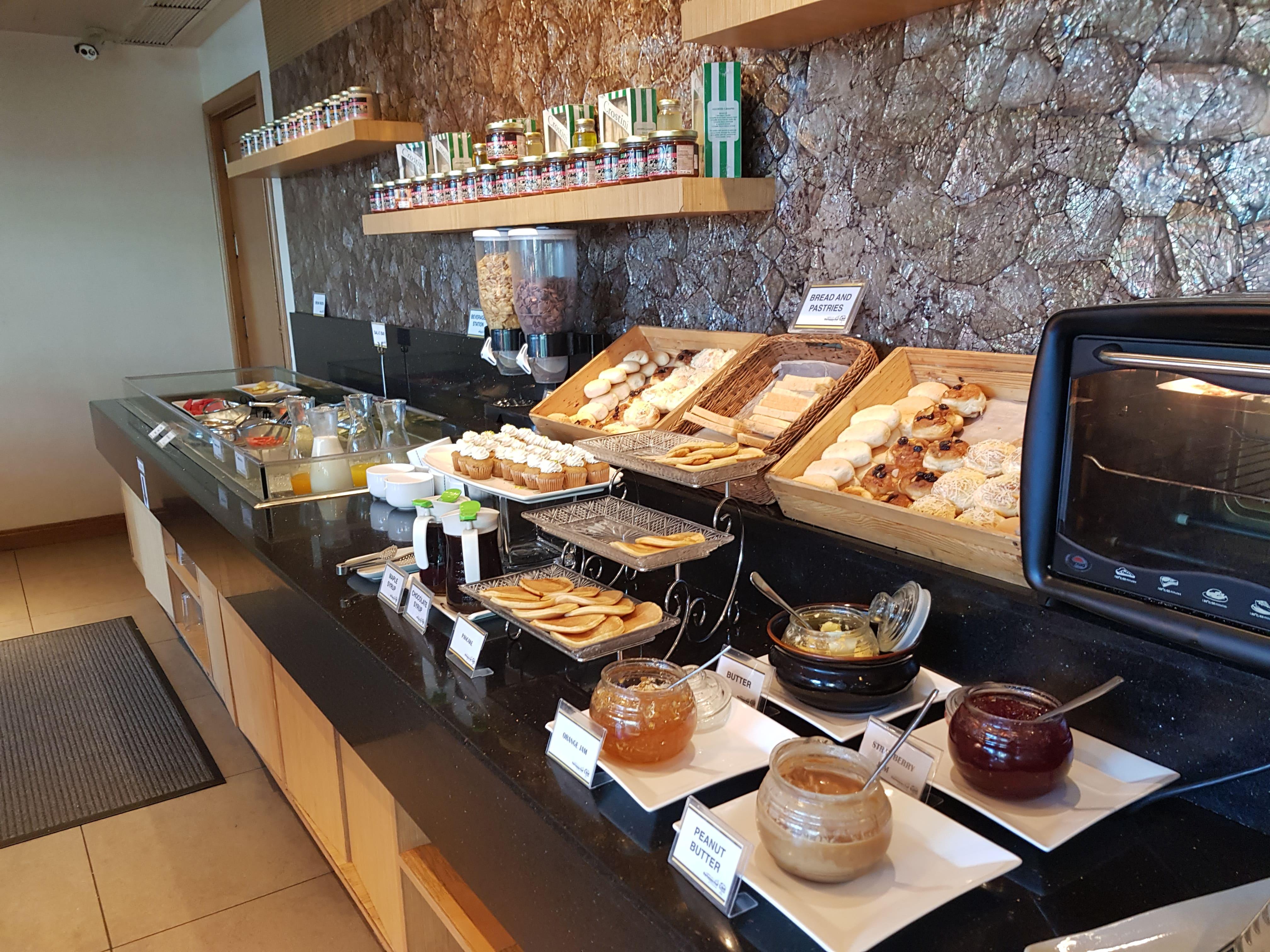 Ontbijt Linden suites Manila