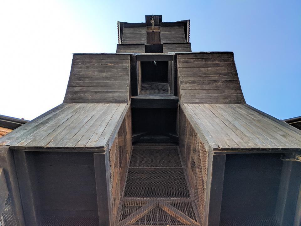 Gdansk Crane from below.