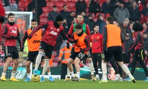Manchester United warm up at Anfield
