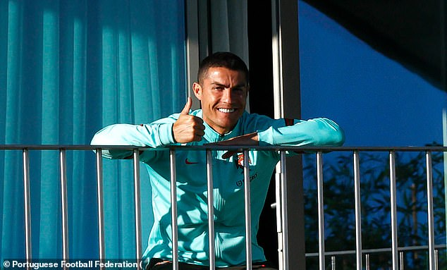Cristiano Ronaldo will leave Portugal's camp and return to Italy after his positive Covid-19 test