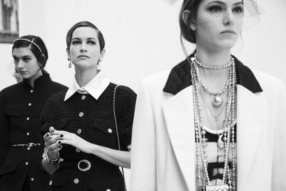CHANEL SS 2021 RTW Show Backstage