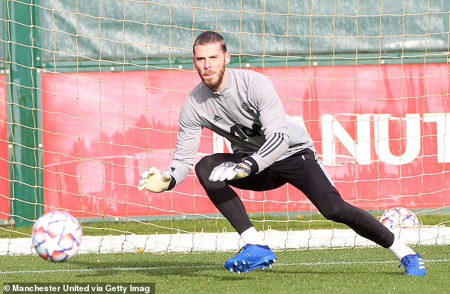 Keane urged Manchester United to ditch De Gea and fix recruitment in goalkeeping position