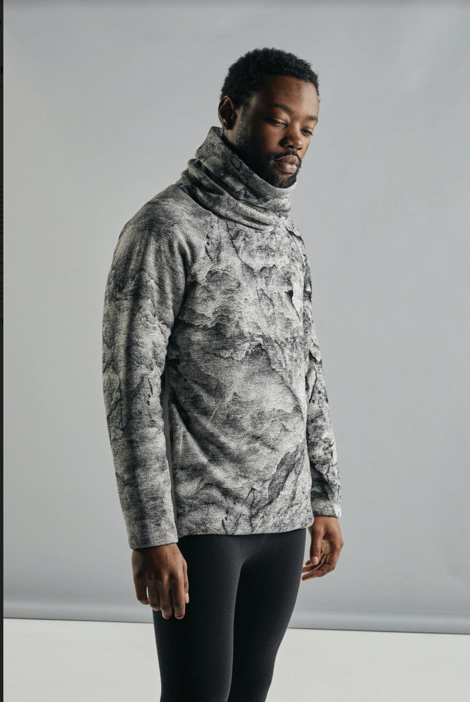 The icebreaker Unisex MerinoLoft™ IB Glacier Long Sleeve Pullover Sweater combines nature, style and activism in one stunning piece, part of a greater collaborative collection.