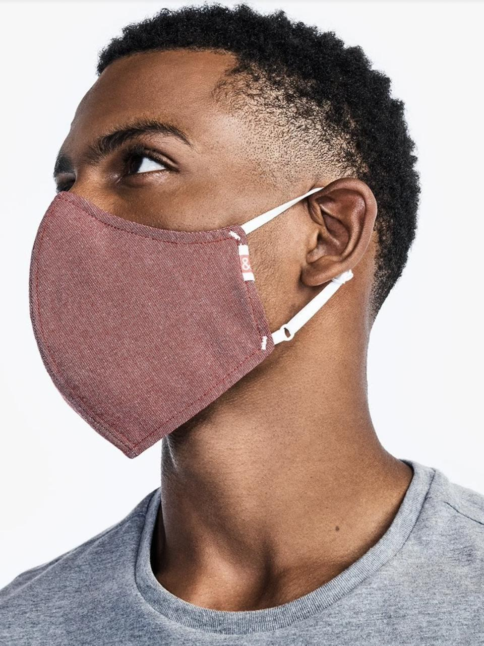 Hedley & Bennett's Wake Up & Fight Mask in Red Oxford