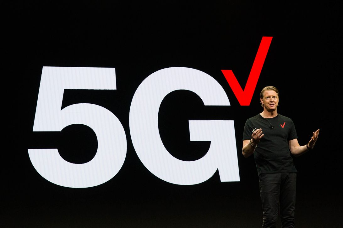 Verizon 5G logo at CES keynote