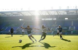Hazy sunshine at shadows during the game at Goodison.