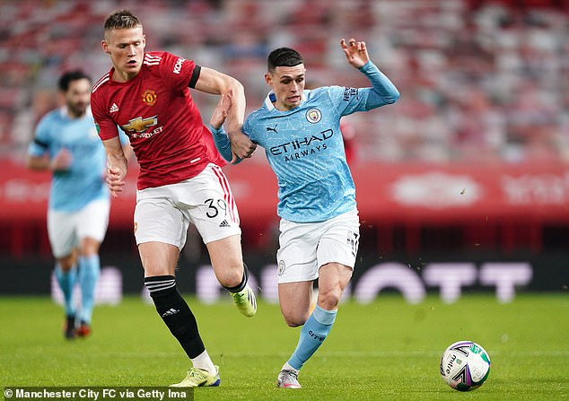 I believe the time has arrived for Pep Guardiola to let England international Phil Foden (R) roll