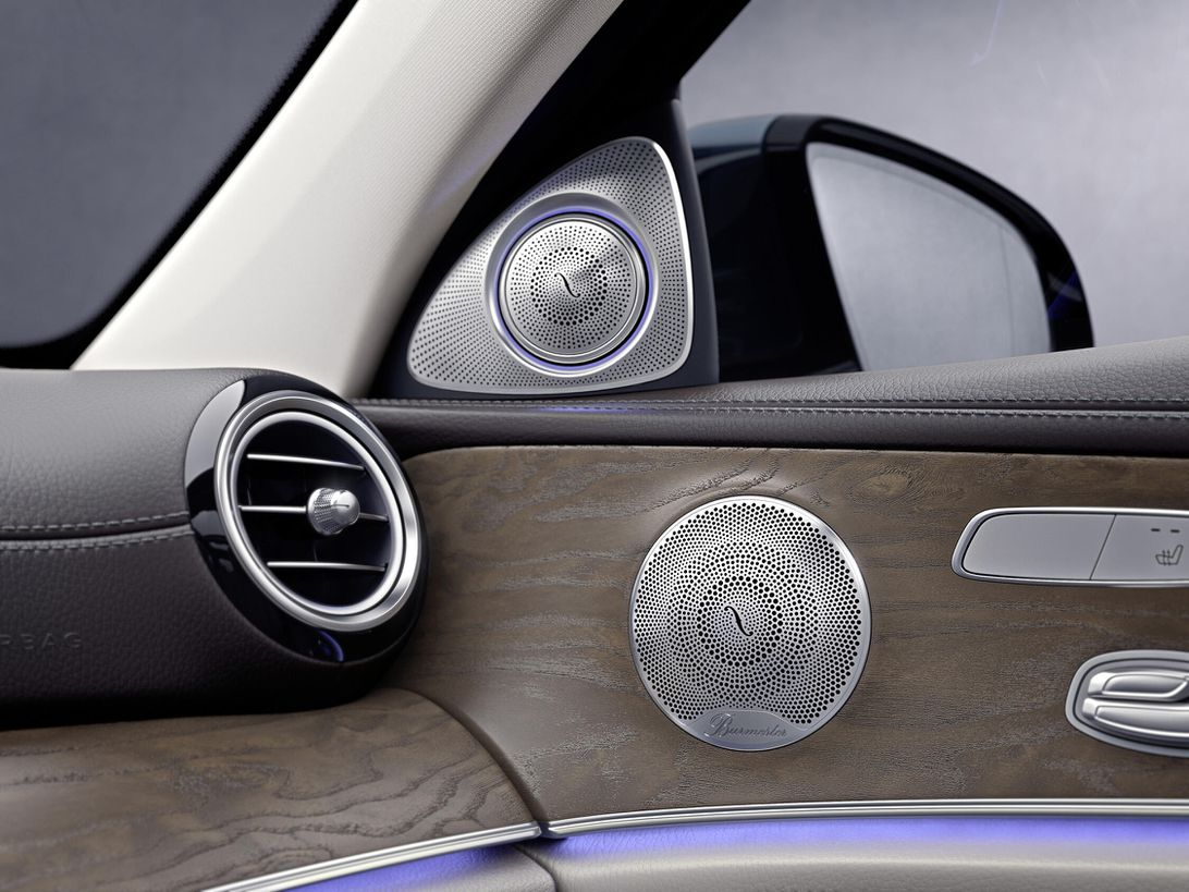 mb-e-klasse-interior-hes-anschnitt-bild-1-klein